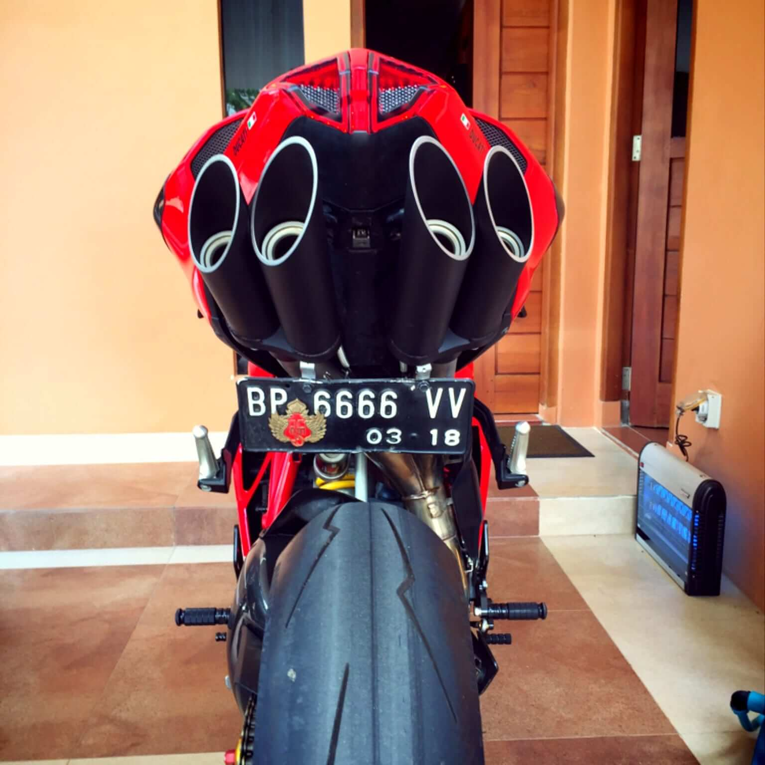 Toce performance exhausts ducati
